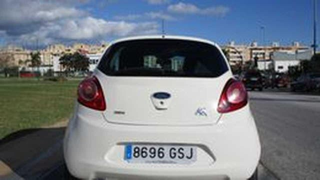 Ford Ka 1.3 CDTI TITANIUN 75 CV, USO PRIVADO, NO ALQUILER MUY EQUIPADO