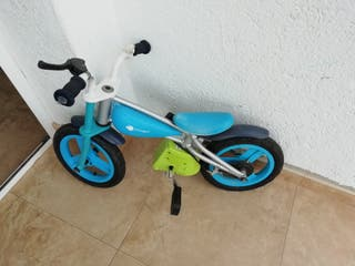 bici imaginarion se quita los pedales...