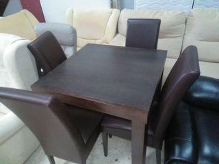 mesa +sillas