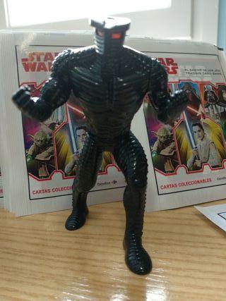muñeco Destructor + 15 sobres cromos Star Wars
