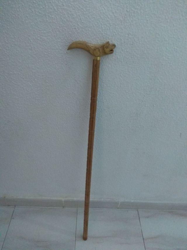 Bastón de madera