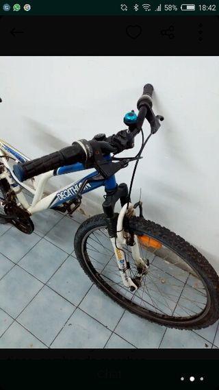 """Bicicleta BTT . MTB de 24"""" Talla S"""