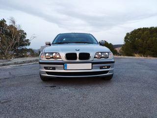 BMW Serie 3 E46 318i IMPECABLE - Libro Revisiones
