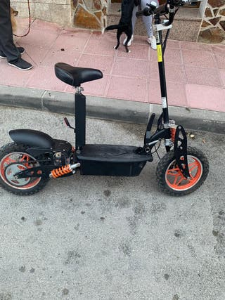 Se vende patin taker