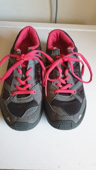 d9c05d5b6 Zapatillas para niño de segunda mano en Villaviciosa de Odón en WALLAPOP