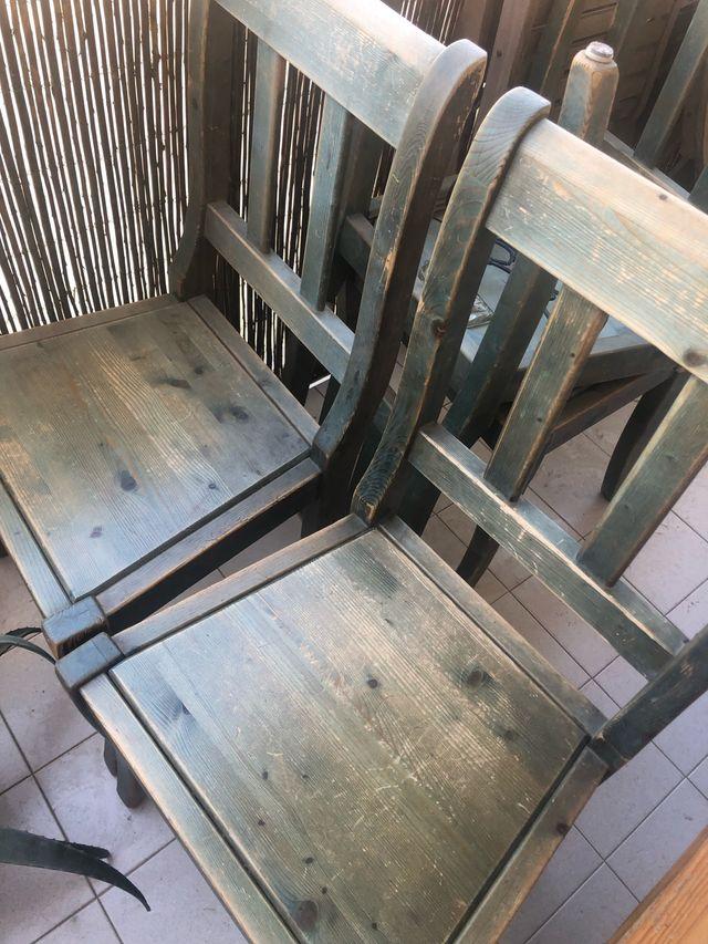 2 sillas de madera Estilo Country