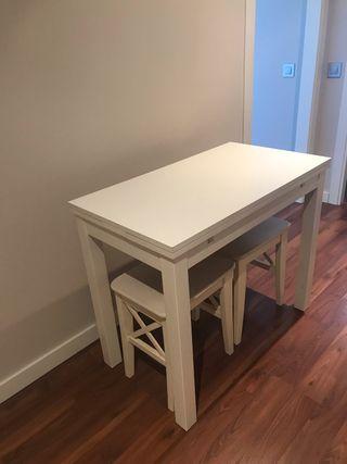 Mesa de cocina extensible +2 taburetes