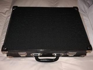 Bonito maletín para trabajo o viajes