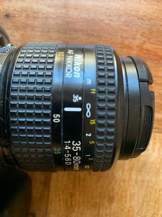 Nikon F50 analógica