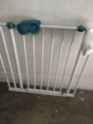 Barra protectora de escalera