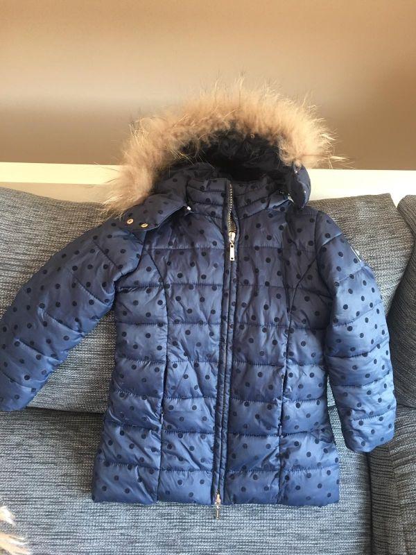 abrigo niña talla 2 años marca Silvian Heach
