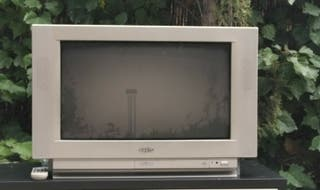 "TV Sanyo 28"" Active 3D Surround Comb Filter"
