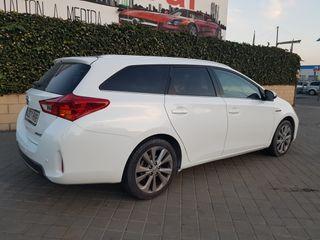 TOYOTA Auris Hybrid Advance Touring Sports
