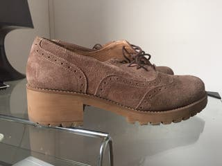 Zapato bonito de ante