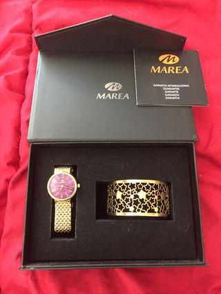 Reloj y pulsera Marea, con caja como nuevo