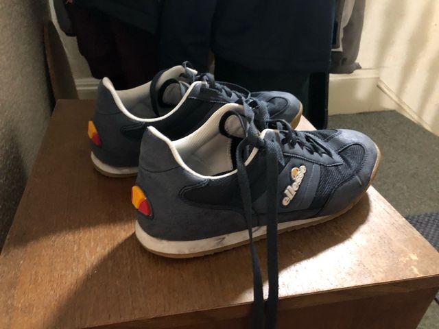 Ellesse blue shoes