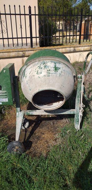 Hormigonera 150 litros