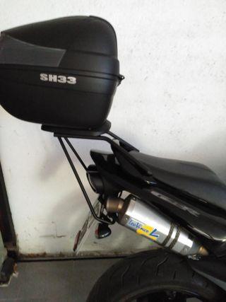 Suzuki GSR 600 impecable