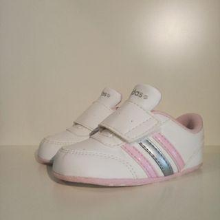 Zapatillas de bebé Adidas, 18