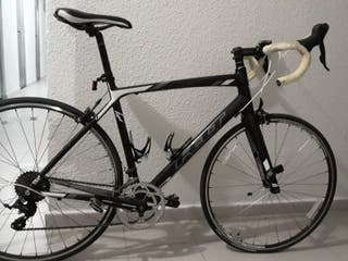Bicicleta de carretera Felt Z95