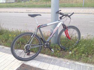 Bicicleta de montaña boomerang crosser X 24v