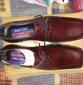 Zapatos hombre aprox talla 42