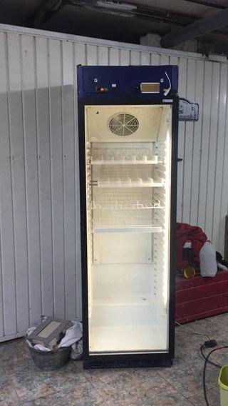 frigorífico vitrina