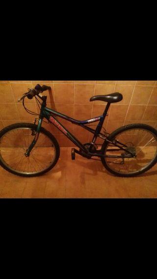 Bicicleta buena,con sillin cómodo y marchas