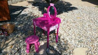 Masa de Maquillaje con silla para niños