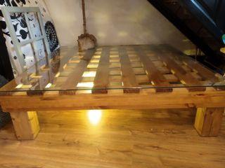 Mesas madera maciza. Colonial.