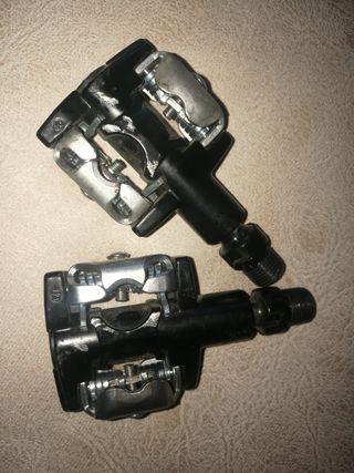 pedales automáticos b.twin