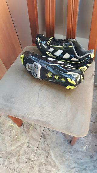 zapatillas para bicicleta de montaña