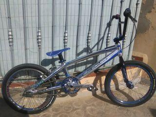 BMX RACE TALLA PRO
