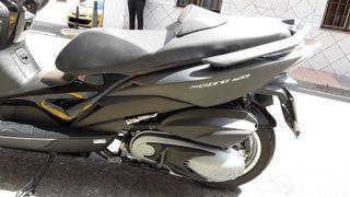 Moto Kymco 400 ABS