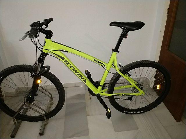 """bicicleta b-twin 26"""" tall M rockrider nueva"""