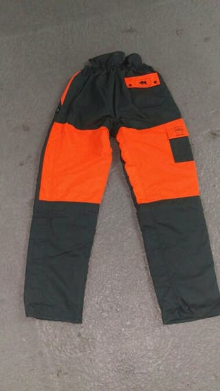 Pantalón anticorte motosierra nuevo