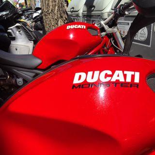 Ducati Monster 696 2009