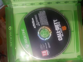 Vendo call of duty black ops 4 xbox one