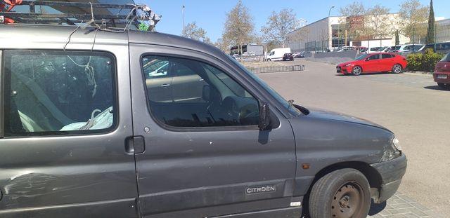furgoneta mixta sin ITV batería ruedas nuevas a toda prueva