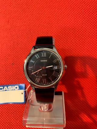 Reloj cbro acero Casio modelo MTP-E116L-1AVDF