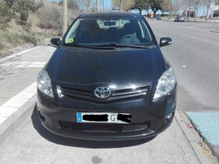 Toyota Auris 2.0 D-4D ACTIVE 5P