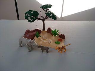 Playmobil sabana africana. Rinocerontes, guepardo