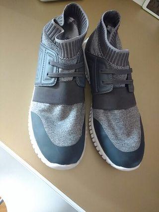 zapato deportivo niño talla 39