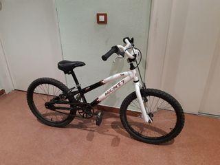 bicicleta BMX Monty junior
