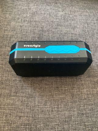 Altavoz Bluetooth resistente agua y polvo