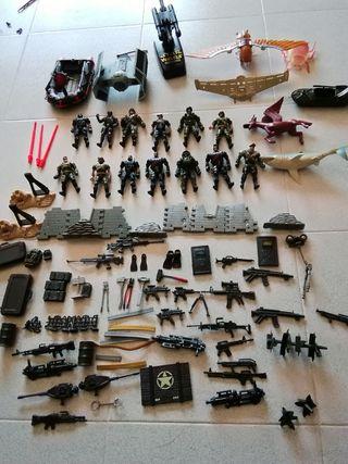 muñecos policia y ejercito Star wars
