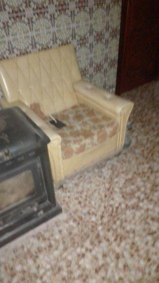 vendo sofa cama y 2 sillones