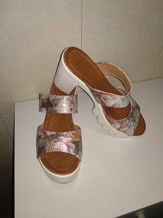 Zapatos de chica número 38
