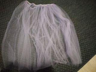 151c8b1a031 Falda blanca y negra de segunda mano en Alcorcón en WALLAPOP