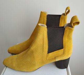 Botin piel Mostaza Zara.N°38